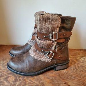 Muk Luks Brown Zip-up Boots